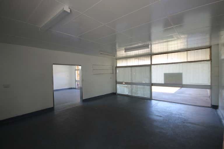 ALLENSTOWN MALL, SHOP 7, 149 CANNING STREET Allenstown QLD 4700 - Image 4