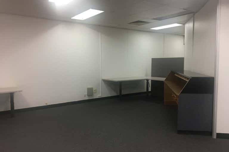 82 Bourbong Street Bundaberg Central QLD 4670 - Image 3