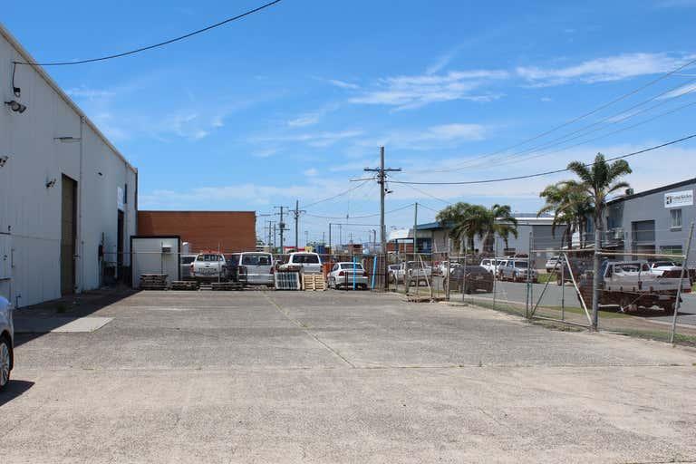 2 Production Avenue Warana QLD 4575 - Image 2