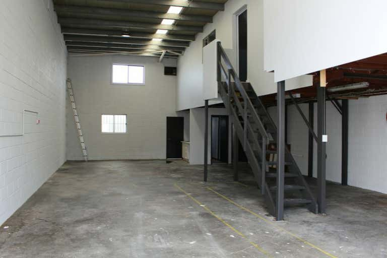 Unit 2, 3 Bearing Road Seven Hills NSW 2147 - Image 4