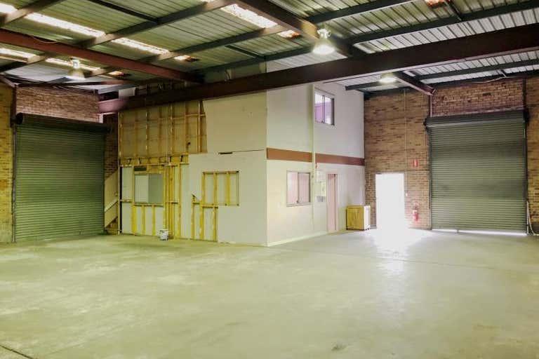 Unit 5, 3 Carnarvon Road West Gosford NSW 2250 - Image 3