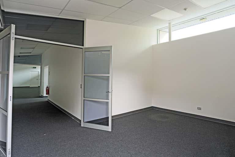 Building B, 338 Tapleys Hill Road Seaton SA 5023 - Image 4