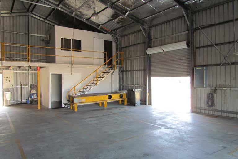 8 Kingdon Street Gladstone Central QLD 4680 - Image 4