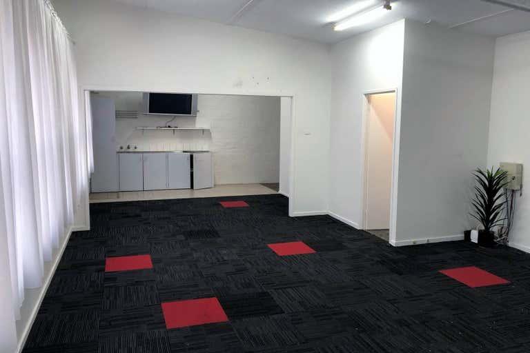 First Floor/70 Station Street Fairfield VIC 3078 - Image 2