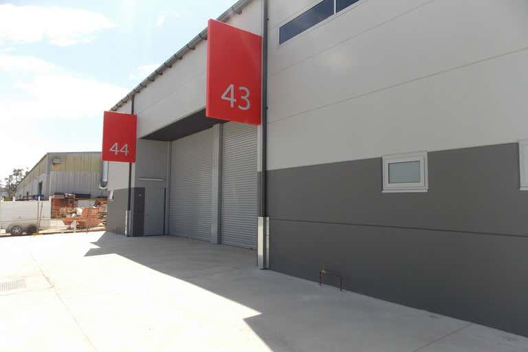 Unit 43, 191-195 McCredie Road Smithfield NSW 2164 - Image 3