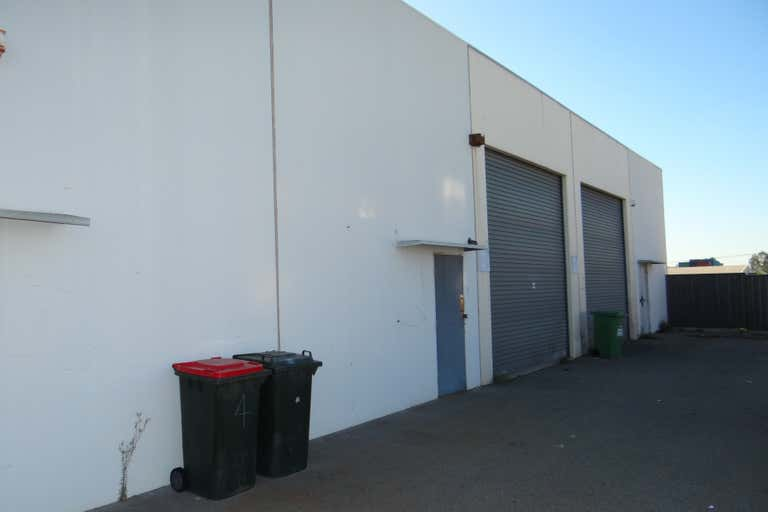 5/10 Munt Street Bayswater WA 6053 - Image 2