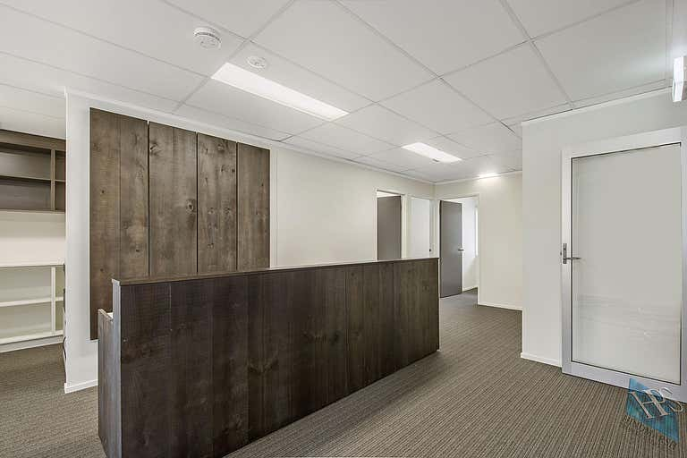 5, 9 Sunshine Beach Road Noosa Heads QLD 4567 - Image 2