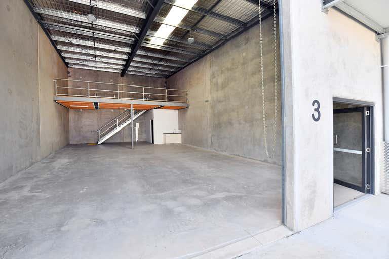 Unit 3/20-22 Venture Drive Noosaville QLD 4566 - Image 2