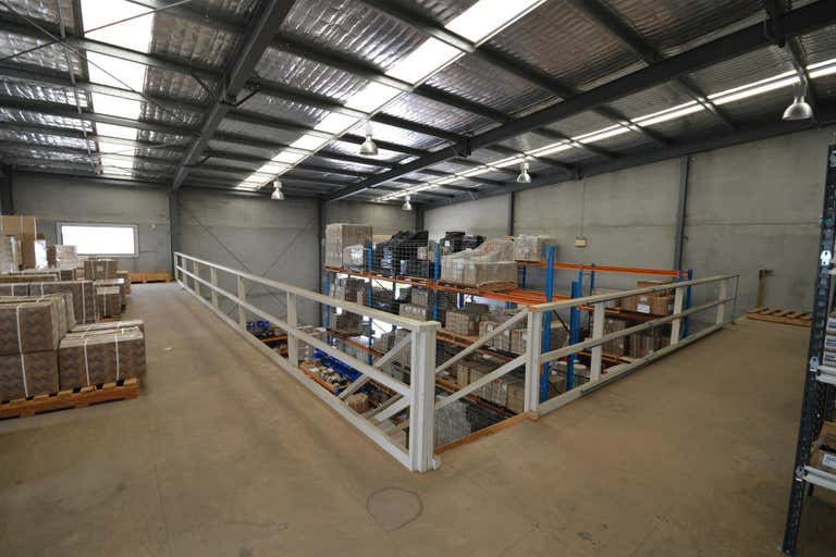 Unit 5/16 Spit Island Close Mayfield West NSW 2304 - Image 3