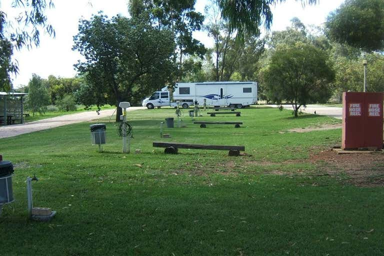 2 Ween Street Peak Hill NSW 2869 - Image 3