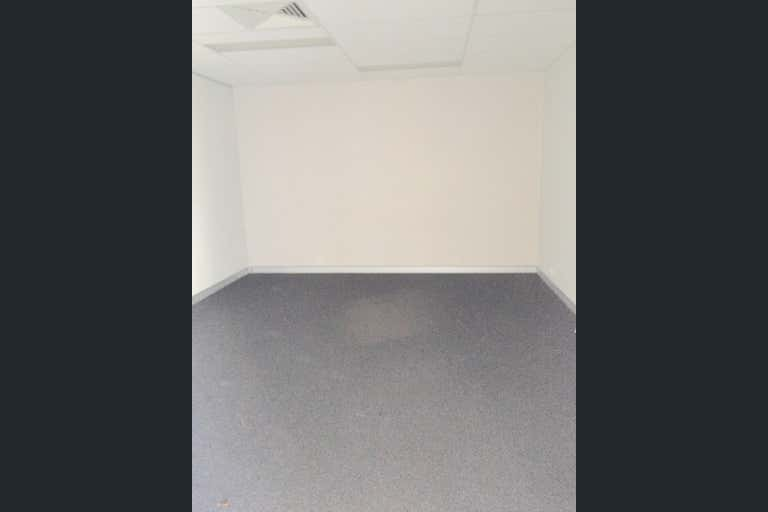 1/23 Breene Place Morningside QLD 4170 - Image 3