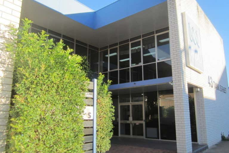 Suite 4, 43 Tank Street Gladstone Central QLD 4680 - Image 1