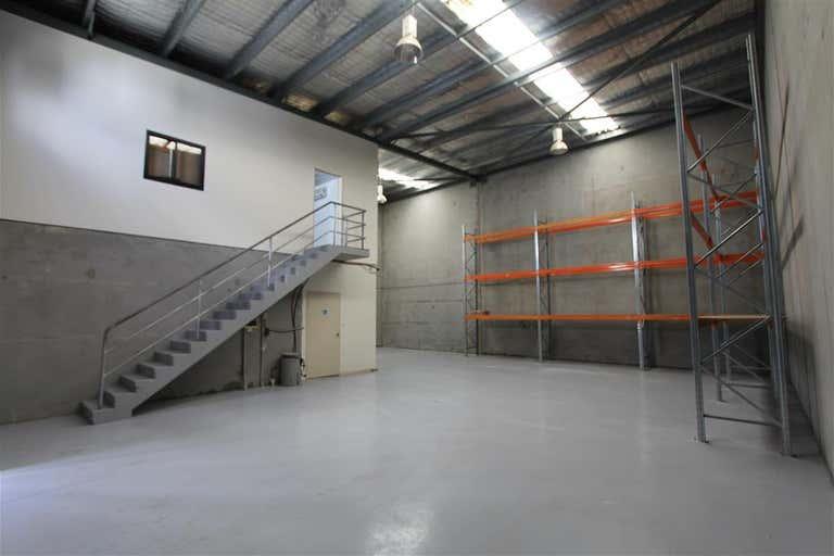 2/74-76 Oak Road Kirrawee NSW 2232 - Image 3
