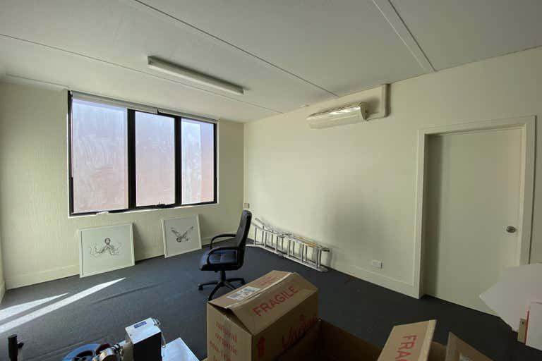 Suite 6/113 Scarborough Street Southport QLD 4215 - Image 4