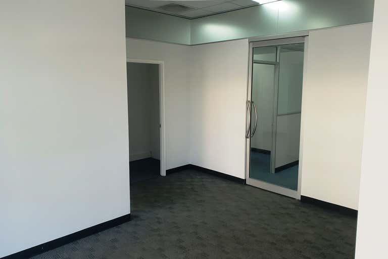 5/79 Bulcock Street Caloundra QLD 4551 - Image 3
