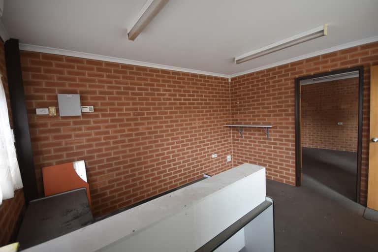 858 Ramsden Drive Albury NSW 2640 - Image 4