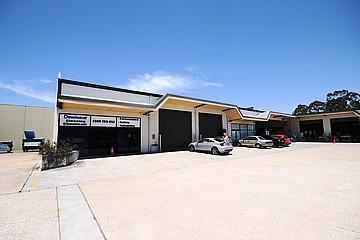3 & 4/71 Redland Bay Road Capalaba QLD 4157 - Image 3