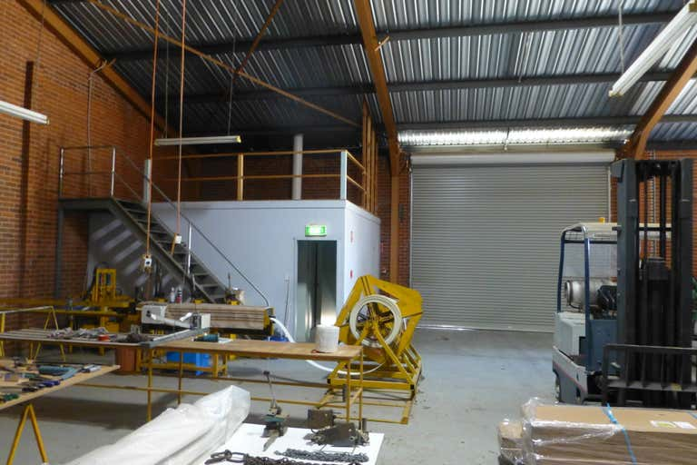 2/125 Gunnedah Road Tamworth NSW 2340 - Image 4