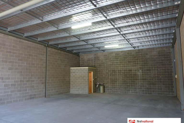 Bay 2/3 Caesia Place Taree NSW 2430 - Image 2