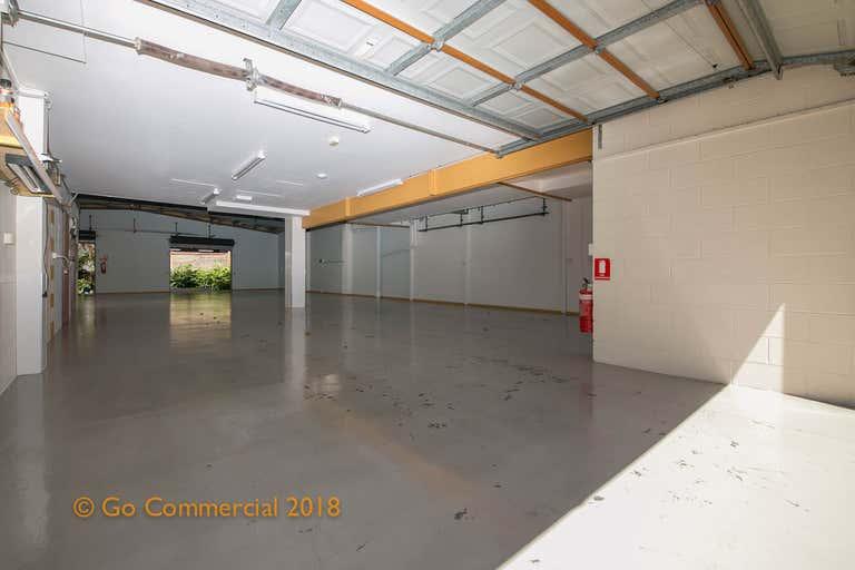 17B Barry Street Bungalow QLD 4870 - Image 4