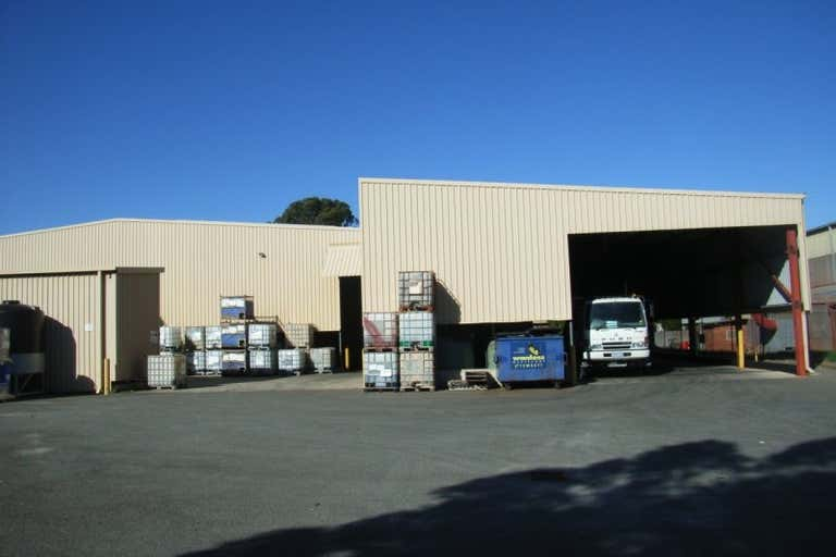13 Glassford Road Kewdale WA 6105 - Image 2