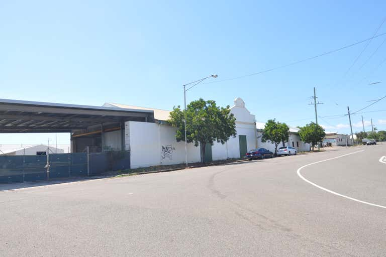Shed 2, 115-147 Perkins Street South Townsville QLD 4810 - Image 2