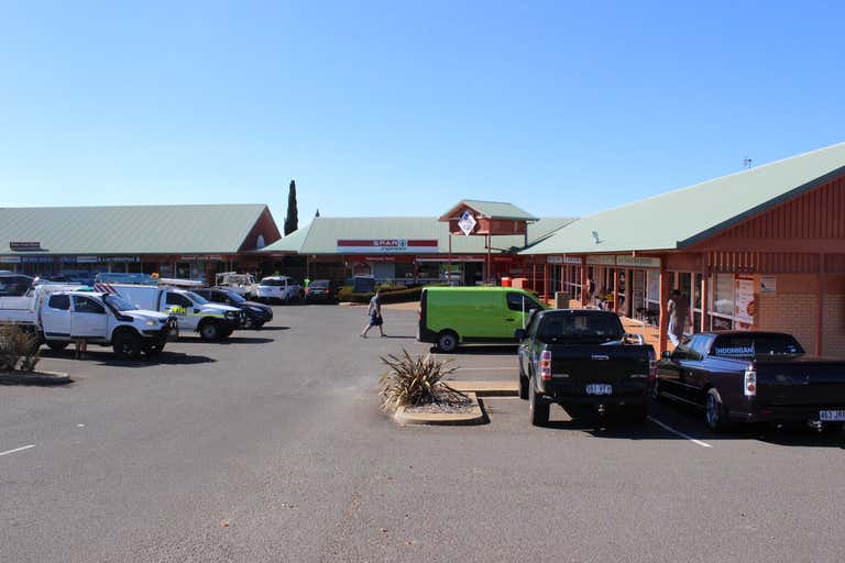 4a/462 West Street Kearneys Spring QLD 4350 - Image 4