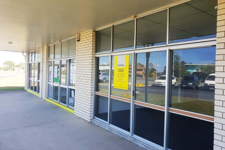2/12 Anning Avenue Golden Beach QLD 4551 - Image 2
