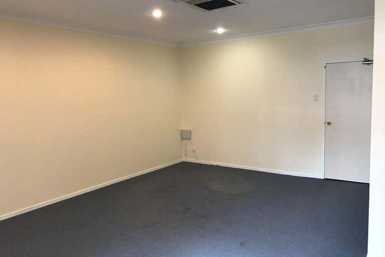 Suite 2/10-16 Pulteney Street Taree NSW 2430 - Image 4