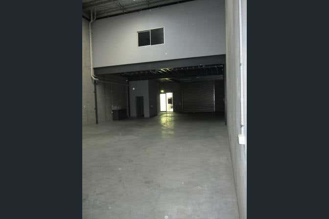 10/78 Wirraway Drive Port Melbourne VIC 3207 - Image 4