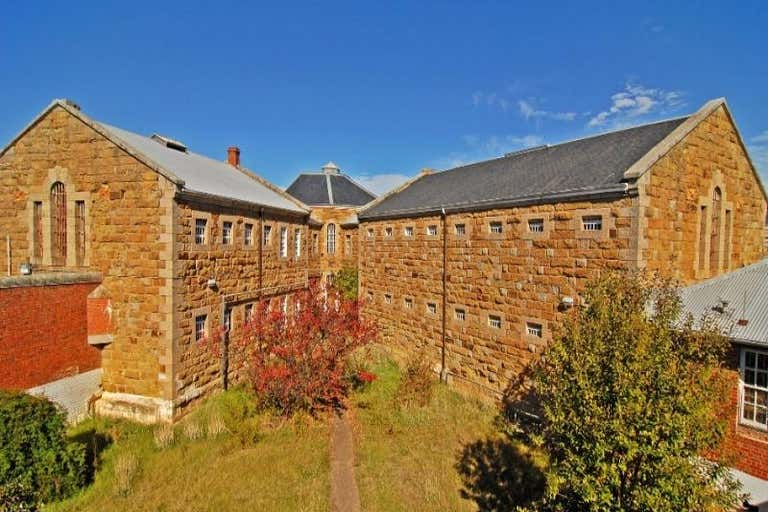 36-48 Bowden Street Castlemaine VIC 3450 - Image 2