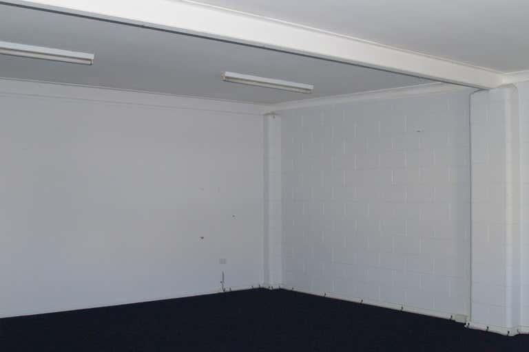 Suite 5/46-48 Wharf Street Tweed Heads NSW 2485 - Image 4