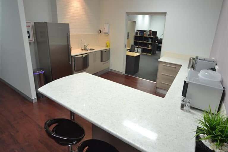 Unit 1/9 Griffiths Road New Lambton NSW 2305 - Image 2