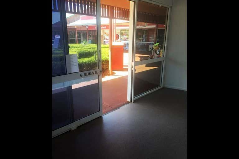 Shop 3, 462 West Street Kearneys Spring QLD 4350 - Image 3