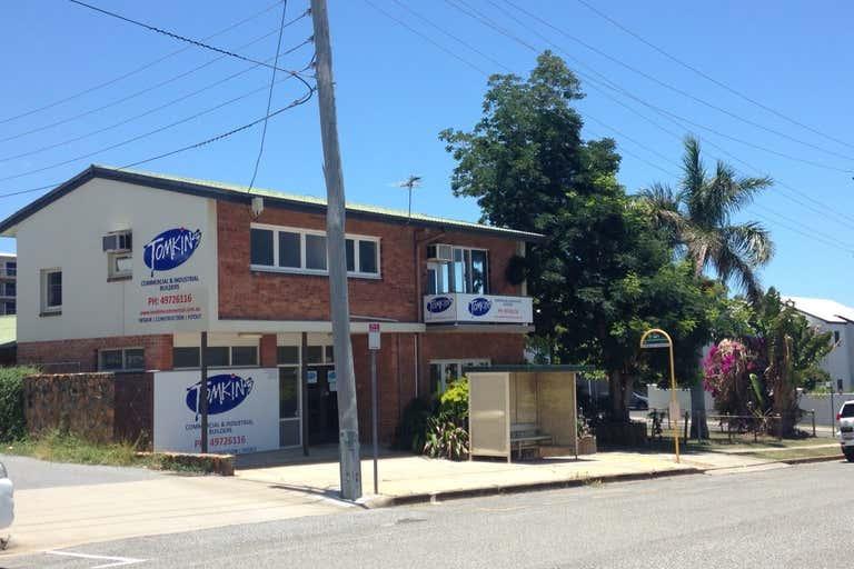 10 William Street Gladstone Central QLD 4680 - Image 1