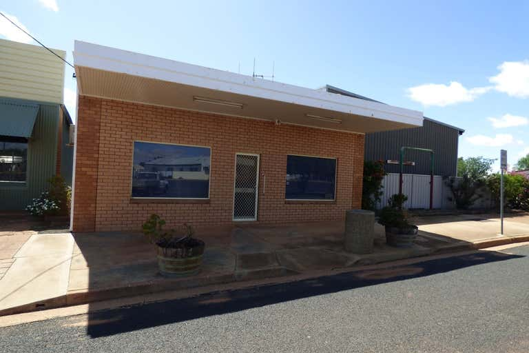 37 Forbes Street Trundle NSW 2875 - Image 2