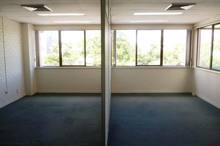 6/70-72 Bulcock Street Caloundra QLD 4551 - Image 2