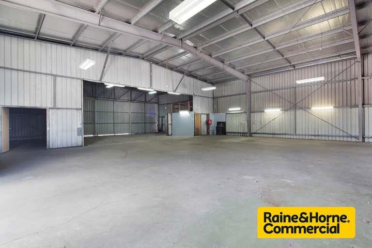 633 Lores Bonney Drive Archerfield QLD 4108 - Image 4