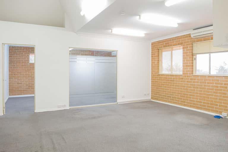 10 - Leased, 78 Glenhaven Road Glenhaven NSW 2156 - Image 4