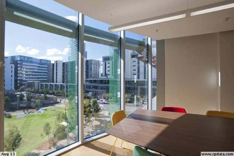 123/838 Collins Street Docklands VIC 3008 - Image 2