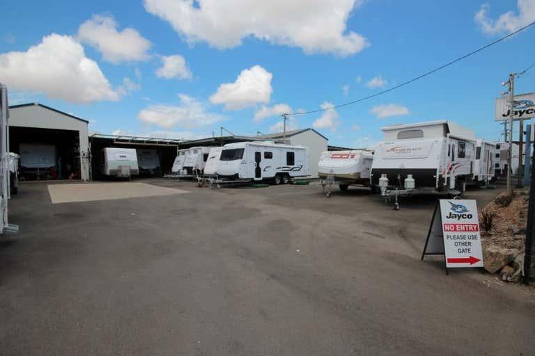 29-33 Duckworth Street Garbutt QLD 4814 - Image 3