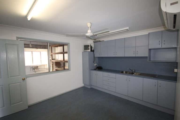 237 ALMA STREET Rockhampton City QLD 4700 - Image 3