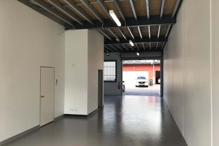 133/15 Hall Street Port Melbourne VIC 3207 - Image 1