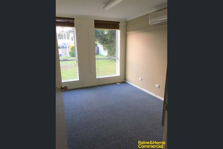 (L), 4 Milton Circuit Port Macquarie NSW 2444 - Image 4