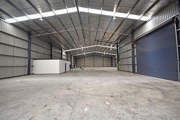 998 Nowra Street North Albury NSW 2640 - Image 4