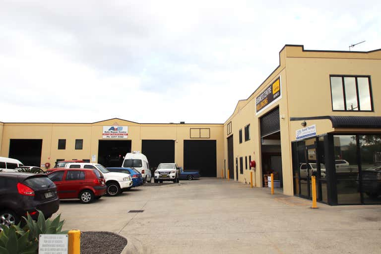 HIGH CLEARANCE WAREHOUSE, 4/5-7 Shaban Street Albion Park Rail NSW 2527 - Image 1
