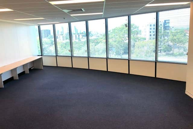 Suite 30505 - 30506 / 9 Lawson Street Southport QLD 4215 - Image 4