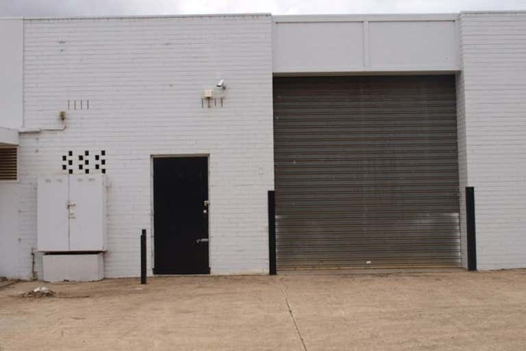 2/142-144 High Street Melton VIC 3337 - Image 1