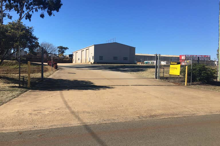 12 Kimberley Court Torrington QLD 4350 - Image 2