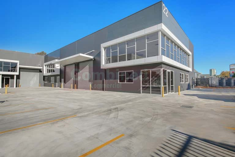 2/22 Sedgwick Street Smeaton Grange NSW 2567 - Image 1